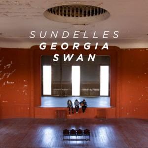 Sundelles - Georgia Swan